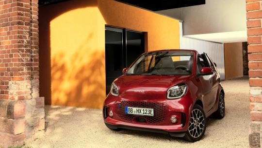 smart-fortwo-cabrio-slider-4