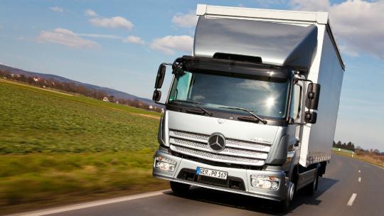 mercedes-benz-trucks-onderhoudsabonnementen-slider-2