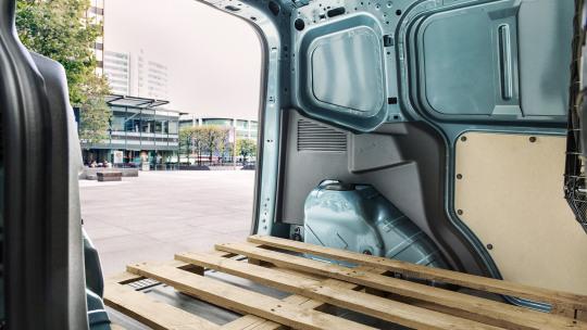 ford-transit-courier-slider-1