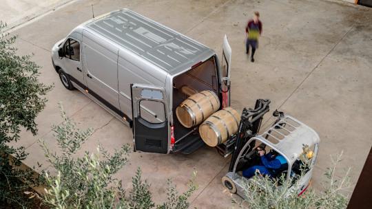 mercedes-benz-sprinter-gesloten-bestelwagen-slider-3