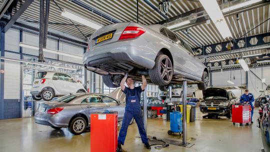 mercedes-Benz-service-dealeronderhoud-slider