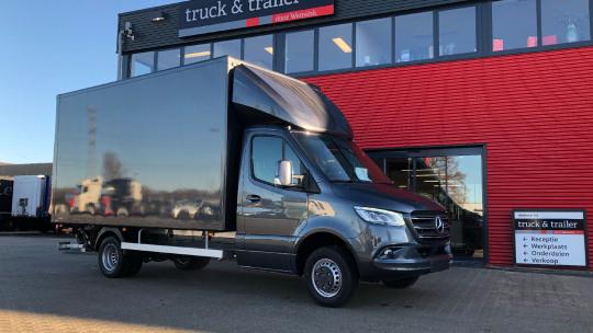truck-trailer-cargo-box-slider