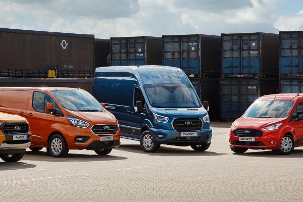 ford-aanbod-bedrijfswagens-hero-mobiel
