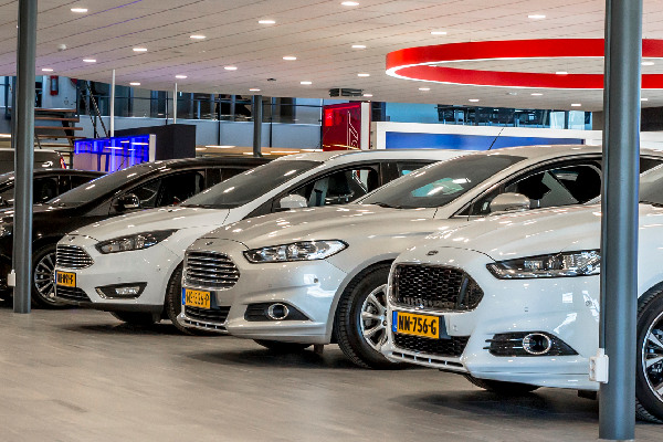 ford-lease-zakelijk-hero-mobiel