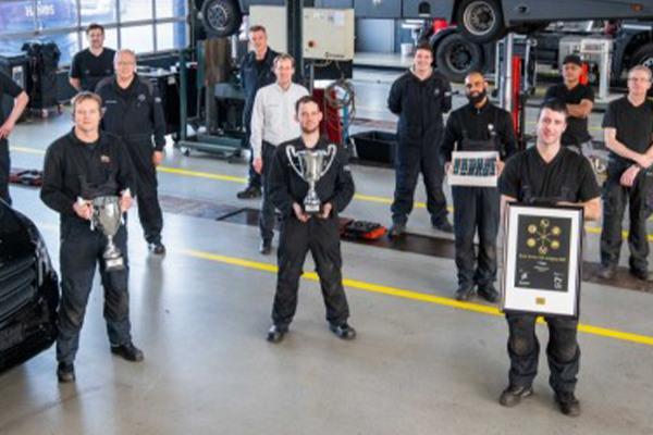 mercedes-benz-nieuws-trucks-in-de-prijzen-hero-mobiel