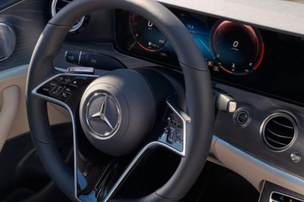 mercedes-benz-e-klasse-limousine-hero-mobiel