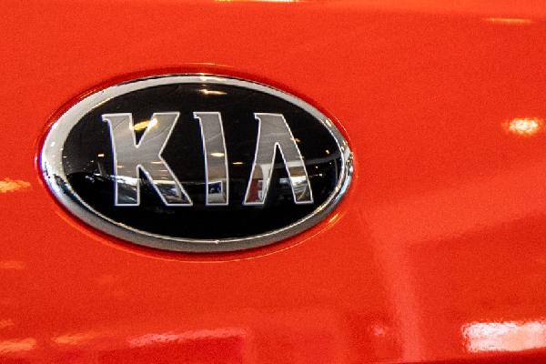 kia-lease-hero-mobiel