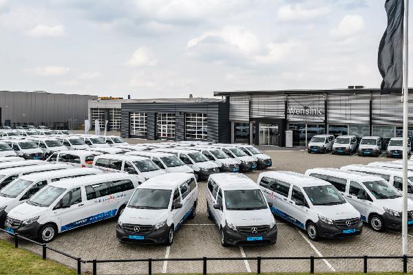 mercedes-benz-services-fleet-hero-mobiel