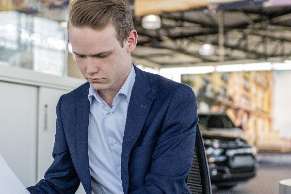 lease-wagenparkbeheer-leasecontracten-hero-mobiel
